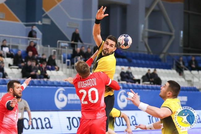 Украинские гандболисты уступили россиянам во втором туре отбора на Евро-2022